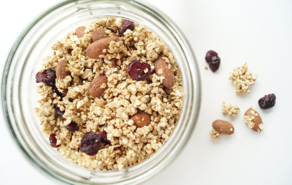 on-a-healthy-adventure-boekweit-granola-5
